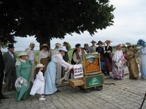Nous avions la chance d'être accompagné par des figurants en costume 1900