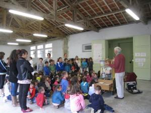 L'après midi était consacré à la présentation de l'orgue de barbarie dans certaines écoles de la ville
